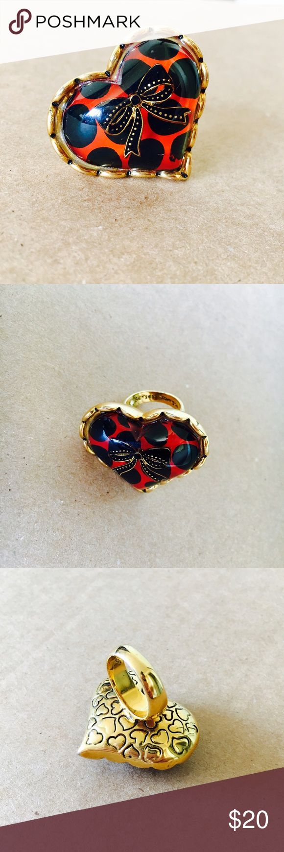 Betsy Johnson polka dot heart ring 💍 Betsy Johnson polka dot heart bow ring 💍 Size: 1.8 x 1.8in Betsey Johnson Jewelry Rings