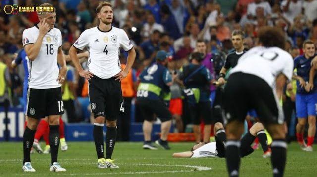Bandar Premium – Bola Euro 2016 – Perjalanan Jerman terhenti di ajang Euro 2016 dan harus mengakui keunggulan Prancis di laga semifinal Euro 2016 dengan skor 0-2 yang diselenggarakan di Stade Velodrome. Selengkapnya http://linktrack.info/bp_pint
