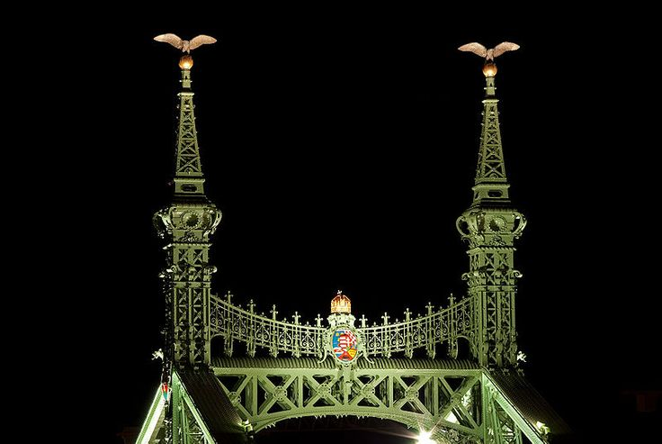 File:Pillars of Liberty Bridge, Budapest.jpg