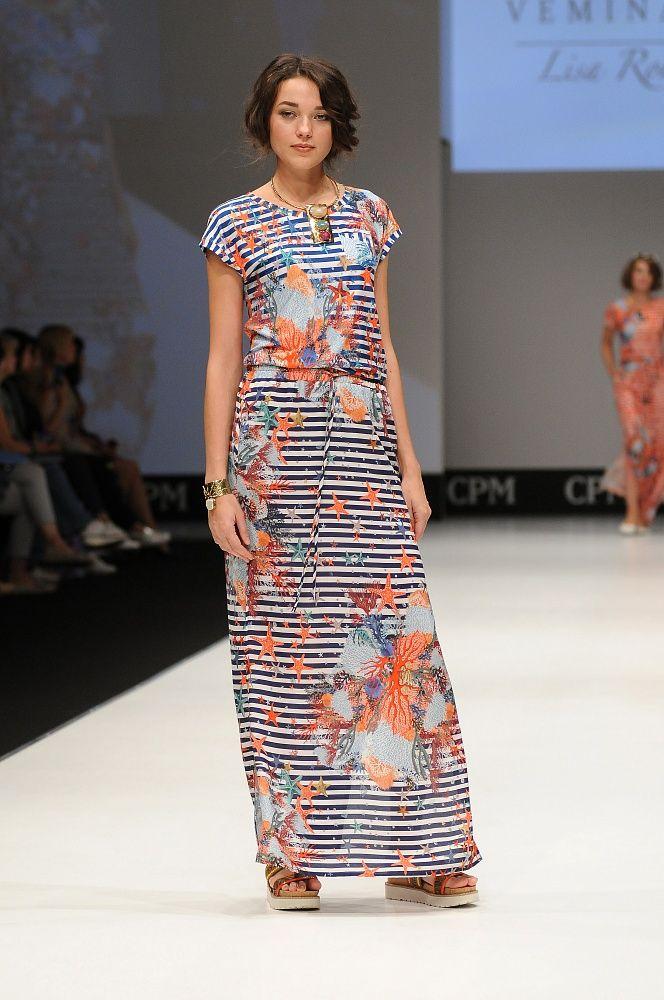 Рисунки для ткани нашей Solstudio Textile Design в весенне-летней коллекции бренда Vemina-City. http://www.vemina-city.ru/odezhda/platya/?PAGEN_1=3