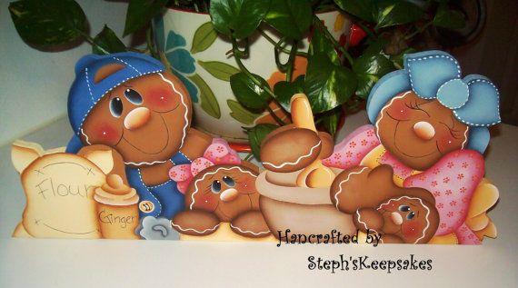 Handpainted Gingerbread Door Crown by stephskeepsakes on Etsy, $26.99