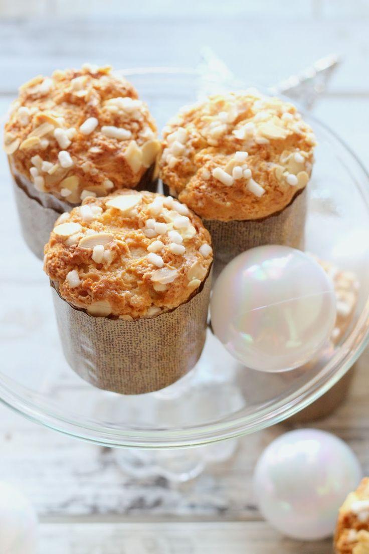 I  mini panettoni sono dei dolci dalla forma di panettone, tipico dolce natalizio, monoporzione dal sapore buono e genuino, p...