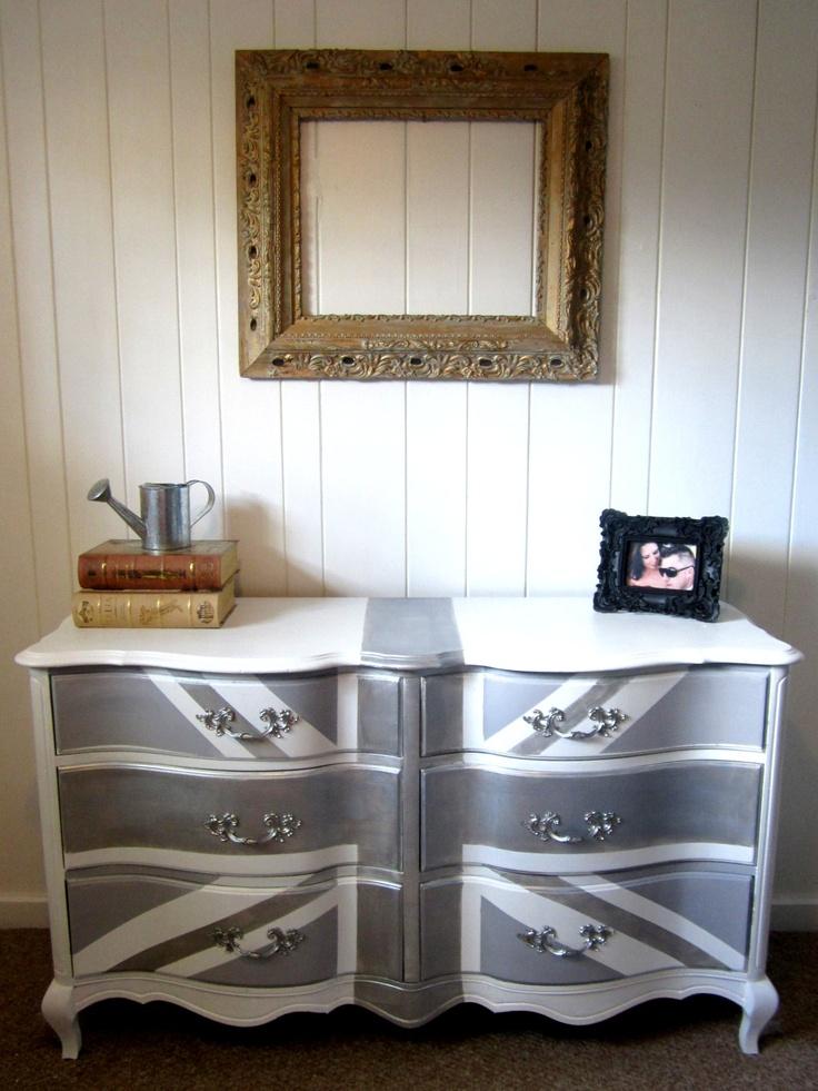 les 36 meilleures images du tableau mobilier relook sur pinterest meubles r nov s. Black Bedroom Furniture Sets. Home Design Ideas