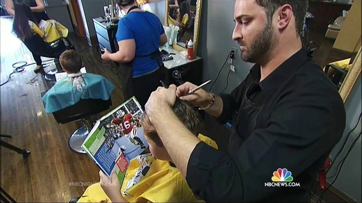 How One Barber Gives Free Haircuts to Kids for Storytime in Return
