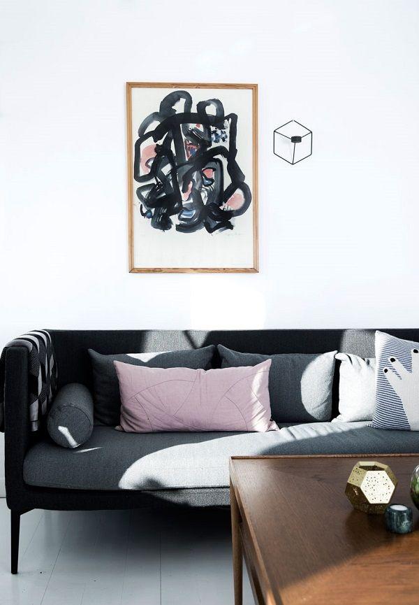 Un bel mix di vintage e design in questa casa in Danimarca. Un appartamento completamente rinnovato senza spendere una fortuna. Diamo uno sguardo?