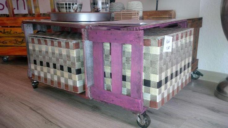 Tische aus Obstkisten/Weinkisten bei STEHhübsch in Bremen