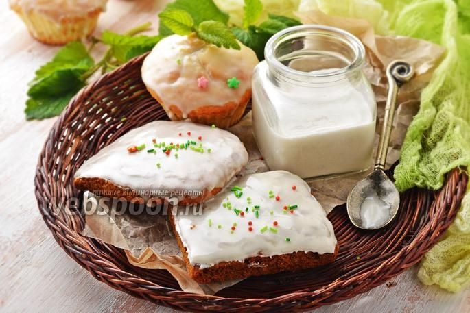 Фото Глазурь из сахарной пудры и воды
