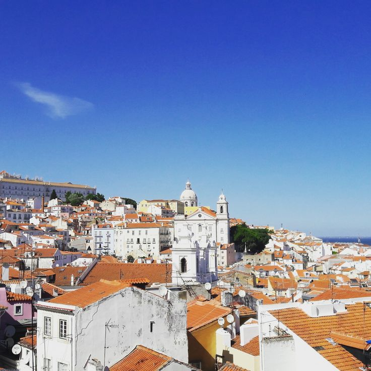 """Lisbon with Pats VoiceMap """"The Soul of Alfama"""" GPS audio tour. The tour will take you on a journey through a neighbourhood that has been the home to Romans, Moors, Jewish and Christian communities.  During this journey you'll hear about its history, stories, people and the Portuguese soul music, Fado. Step into Alfama's Soul, and discover one of the oldest and most interesting stories Lisbon has to tell."""