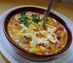 Как приготовить фасолевый суп с домашней лапшой - рецепт, ингридиенты и фотографии