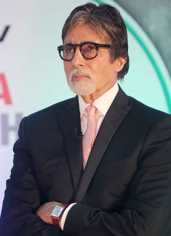 Dettol - Banega Swachh India introduced Amitabh Bachchan as the ambassador of the campaign.
