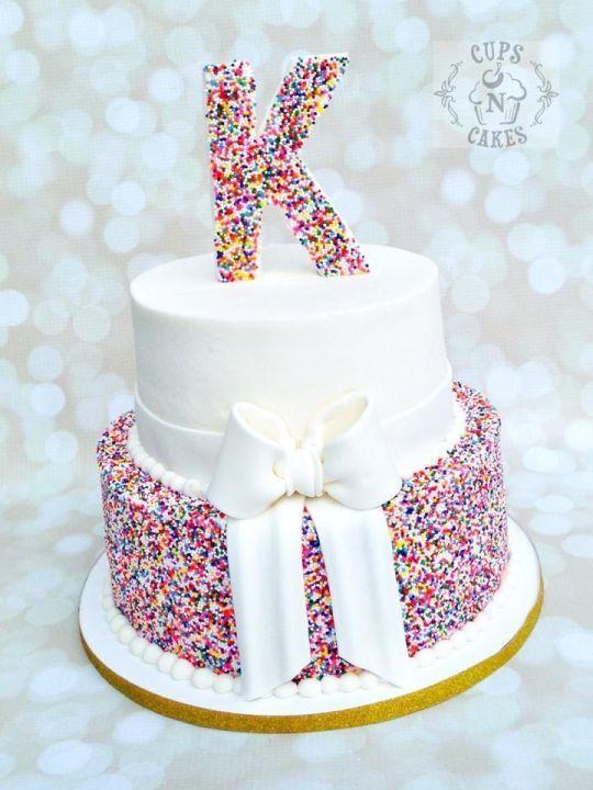 Die besten 25 regenbogen kuchen streuen ideen auf for Kuchen ideen geburtstag