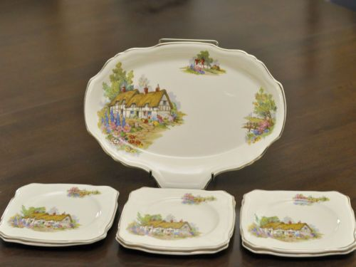Vintage-ALFRED-MEAKIN-ENGLAND-Hathaway-Cottage-Sandwich-Set-1945