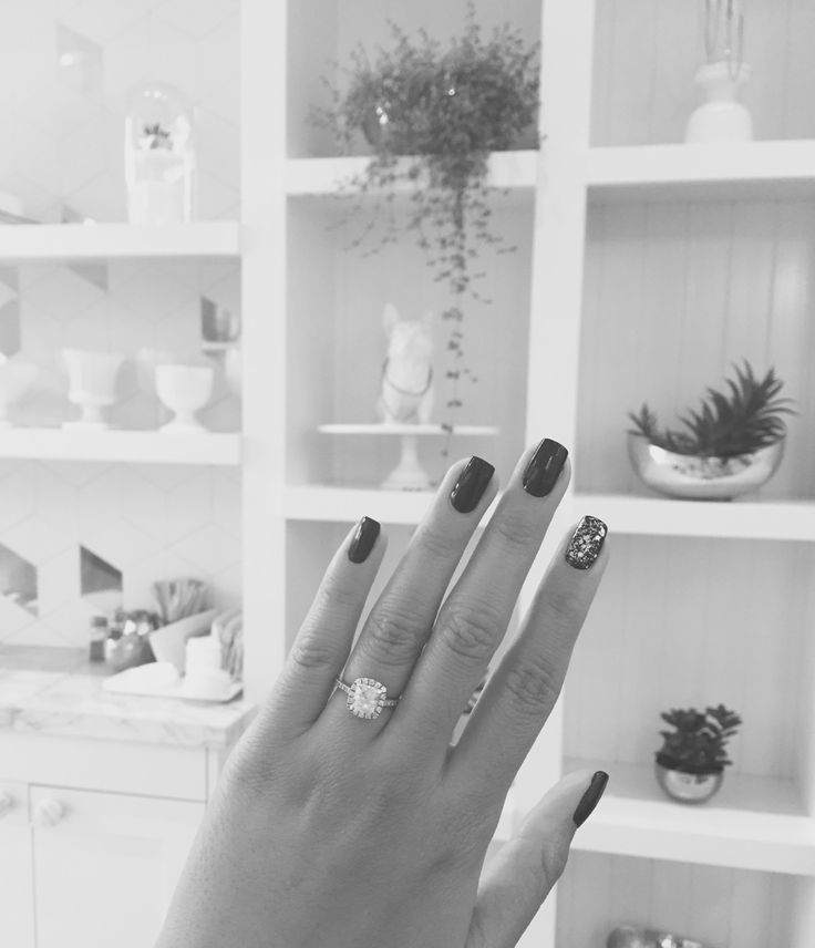 howtobemyboyfriend:  so tumblr i got engaged last month and am pretty stoked to get married to the best human.   exciting times ahead with prepping for the bar exam and planning what i hope to be the tiniest/most intimate wedding of all time.  congratulations! beautiful engagement ring