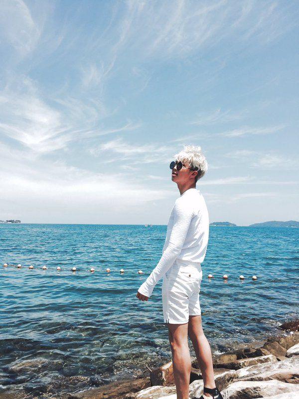 방탄소년단 (@BTS_twt) 작년 B컷 컬렉션 마지막 #김데일리