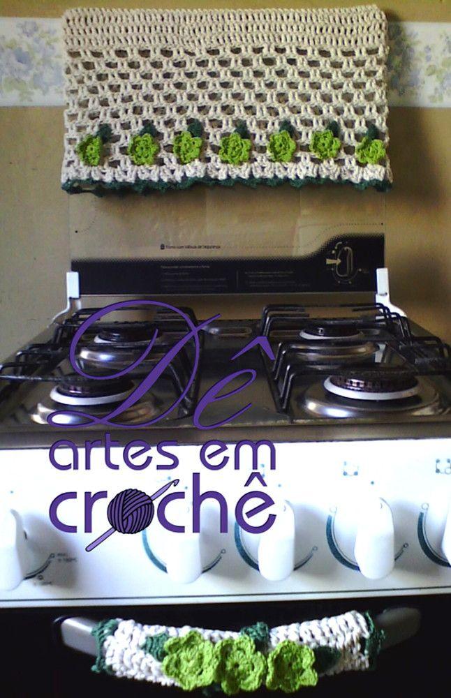 Jogo de Capa pra Fogão 4 Bocas + 01 Puxador em crochê.by Dê Artes em Crochê.