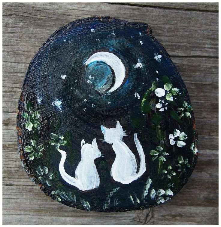 Cats in love by Agnieszka Sokołowska - hand painted on wood. #cats #moon #white #wood #xantosia #handpainted #inlove #night
