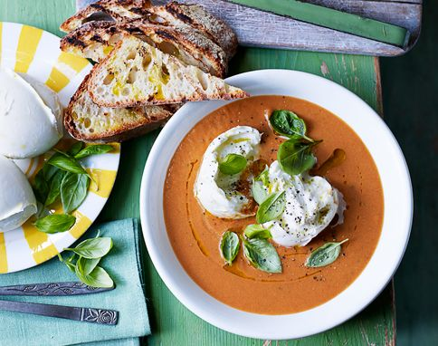 Caprese soup ( Cold) Jaimie Oliver ( this amount serves 2 people)