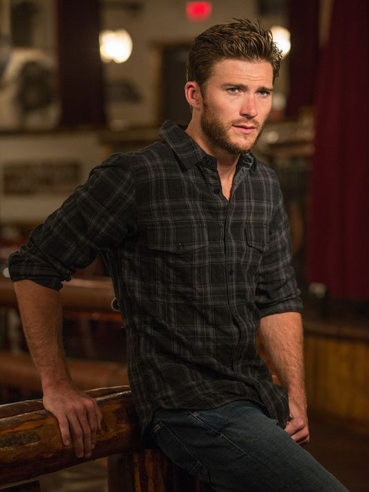 Scott Eastwood takes reins for 'Longest Ride'