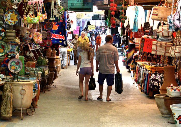 Rosarito Beach Baja California Mexico: Mercado de Artesanias Rosarito Artisan Market