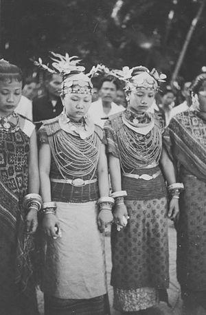 Batu Islands - Wikipedia, the free encyclopedia