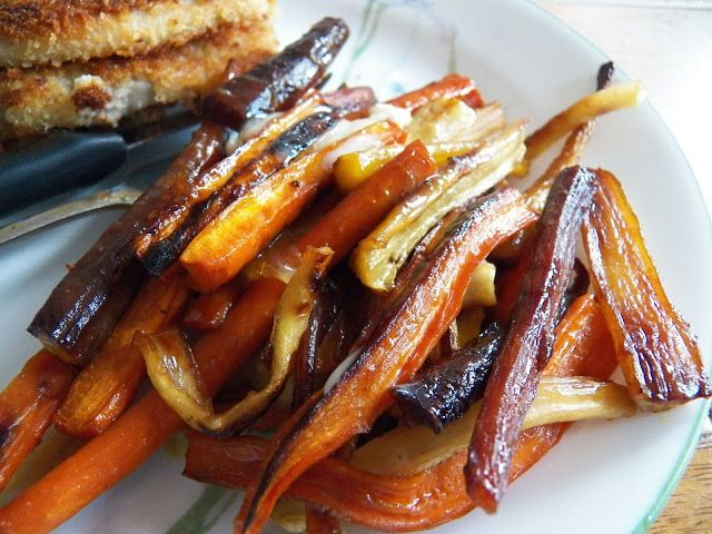 http://www.sidsseapalmcooking.com/2017/09/honey-and-garlic-roasted-carrots.html