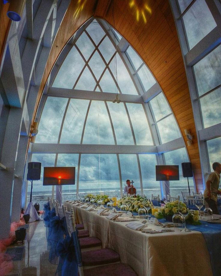 Dinner at The Chapel RiztCarlton Bali. This is what i called romantic dinner  .  #dinner #romanticdinner #romantic #thechapel #ritzcarlton #ritzcarltonhotel #ritzcarltonbali #ritzcarltonnusaduabali #nusadua #nusaduahotels #balihotel #balihotels #balihotelsandresorts #workandtravel #travelling #travel #travelgram #mytravelgram #mytraveldiary #mytraveldiaries #igtravel #igtravels #igtravelgram #igtraveller #igtravelling #throwback #bubudiaries #bubudiary #bubujournal by bubujournal