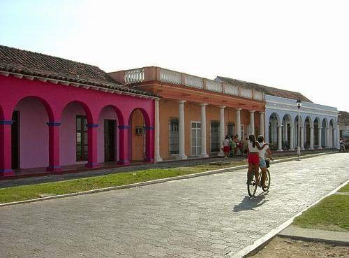 ReporteLobby: Invertirán SECTUR y CDI en proyectos turísticos de Veracruz