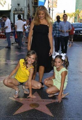 110 best maddie and kenzie ziegler images on pinterest dance moms the ziegler family m4hsunfo