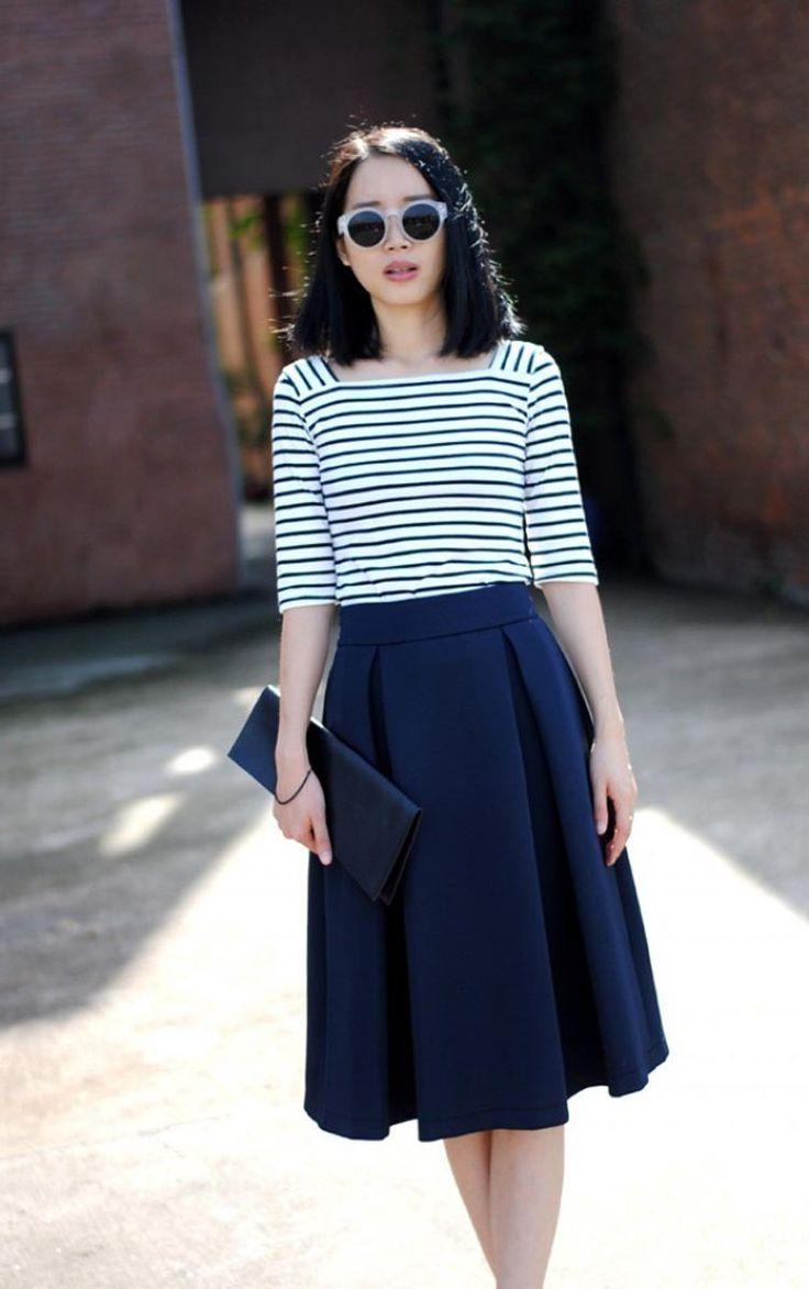 Retro Flared Midi Skirt