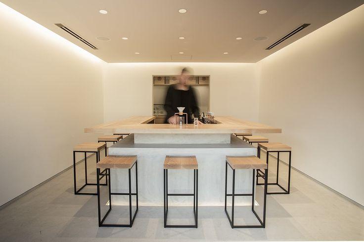 ハンドドリップで淹れる日本茶ブランド「green brewing」の旗艦店「東京茶寮」三軒茶屋店です。日本の職人技や文化を感じながら、各地のスペシャルティ日本茶を飲み比べる、新たなライフスタイルをご提案しています。