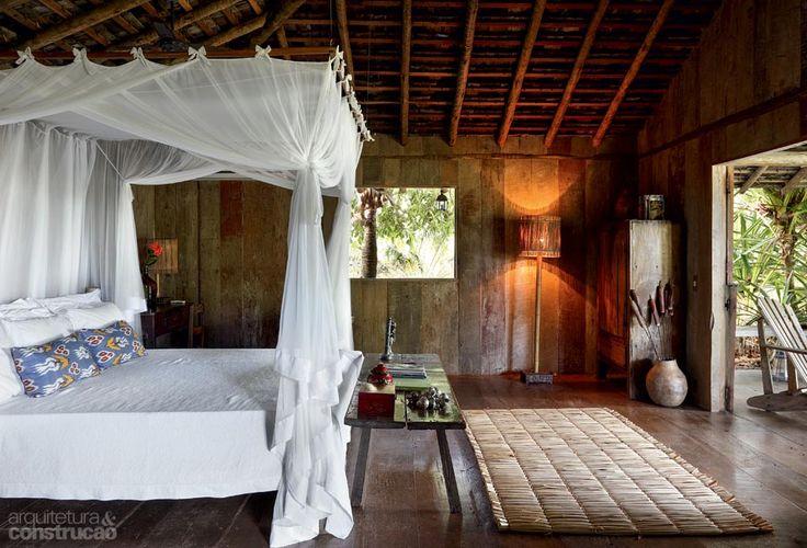 Cabana de 45 m² abriga uma suíte de sonho. Fotos publicadas na revista Arquitetura & Construção.