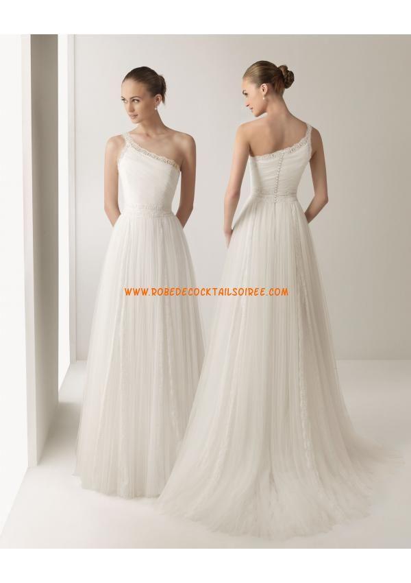 Robe de mariée tulle dentelle col asymétrique