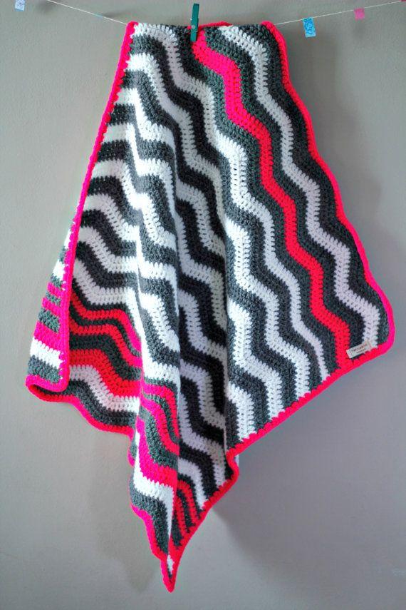 Bekijk dit items in mijn Etsy shop https://www.etsy.com/listing/233714469/chevron-baby-blanket