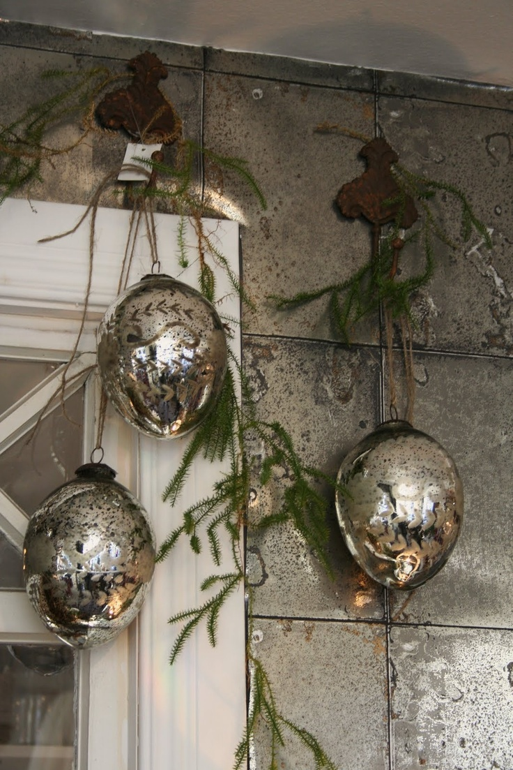 http://bettystorpliv.blogspot.com/ ~ Mercury Ornaments...  Love these...