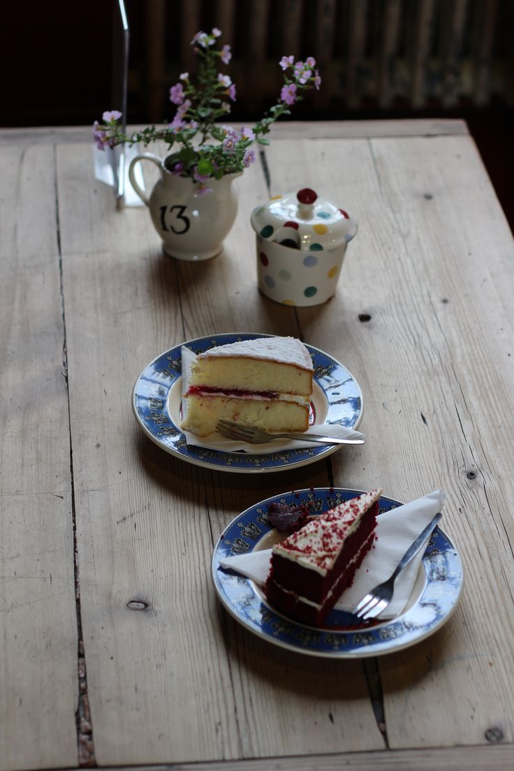 Emma Bridgewater Cafe table with comfy sofa