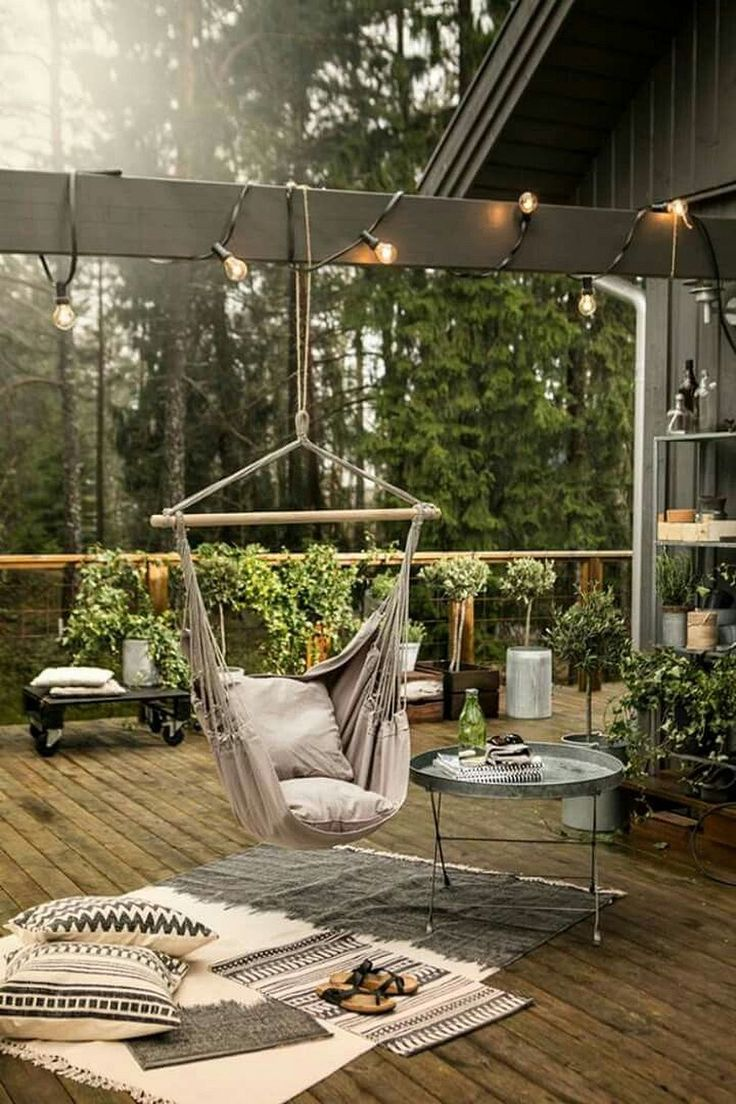 Stunning 20+ Awesome Bean Bag Chair and Hammock For Your Backyard https://architecturemagz.com/20-awesome-bean-bag-chair-and-hammock-for-your-backyard/