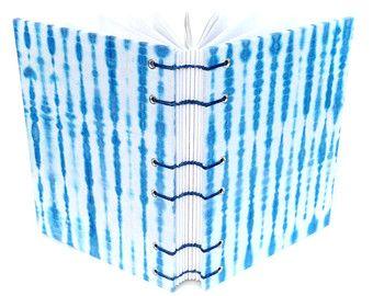 Azul diario de papel hecho a mano - hecho a mano por Ruth Bleakley endecha plana diario, diario en blanco sin forro, regalo para ella, diario de gratitud