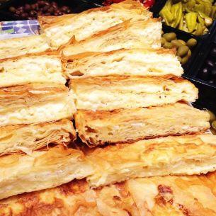 Burek- Filopaj med fetaost