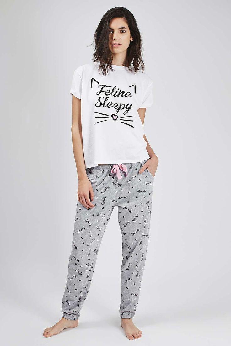 PETITE Feline Sleepy Pyjama Set