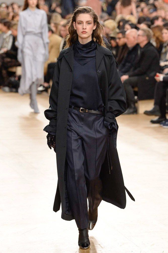Nina Ricci Fall 2017 Ready-to-Wear Fashion Show - Marie Damian