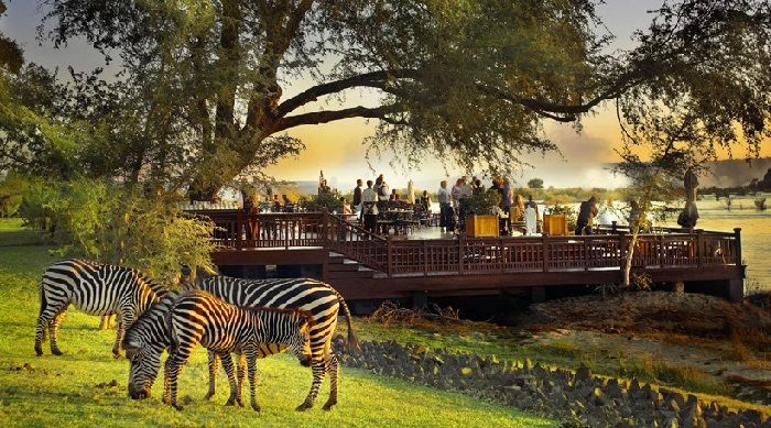Top-10-of-stunning-hotel-lobbies-around-the-world-The-Royal-Livingstone1 Top-10-of-stunning-hotel-lobbies-around-the-world-The-Royal-Livingstone1