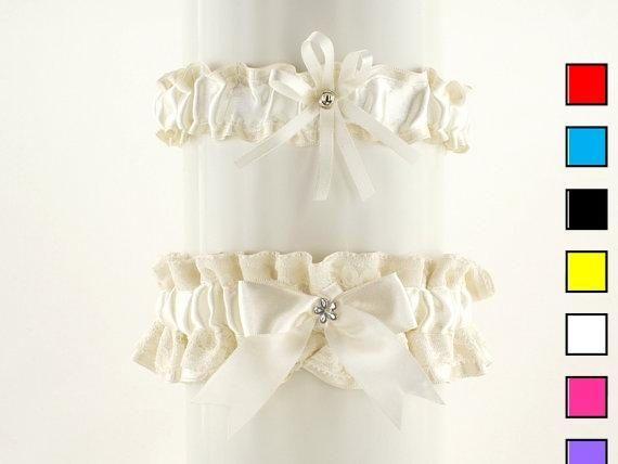 Set bridal garter ivory lace garter in wedding vintage
