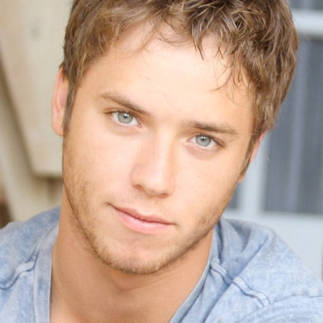 sumpter guys I had the biggest crush ever on jeremy sumpter growing up i watched peter pan(2003) so many fucking times that i knew the entire script verbatim.