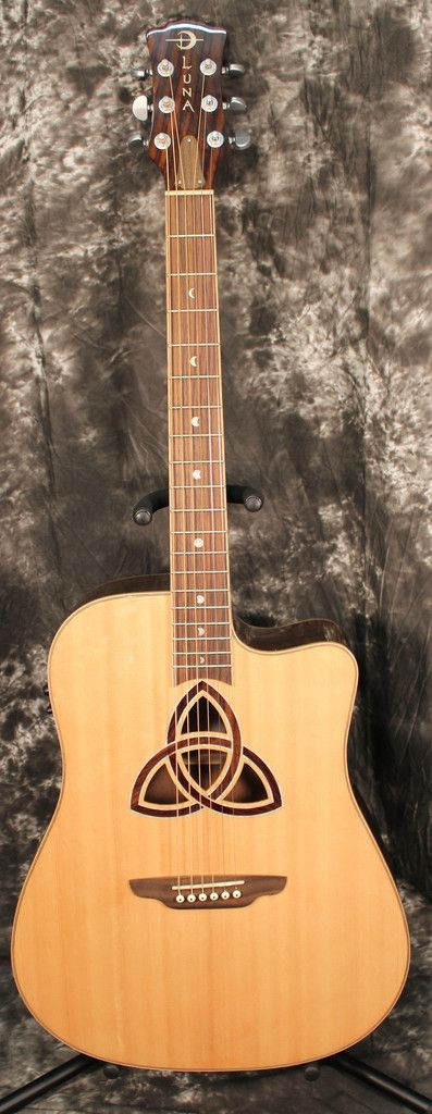 Luna Guitars Trinity Dreadnought Acoustic-Electric Guitar Natural