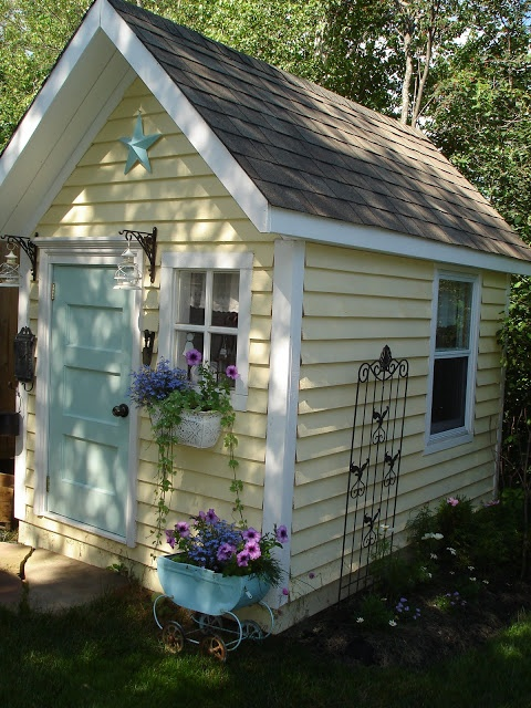 Restyled Home: A pretty, little playhouse!! - I will make in our final home!  Mark my words!
