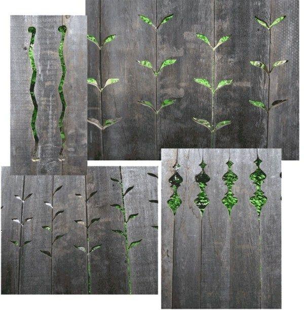 Des clôtures à planches bruttes aux éléments floraux