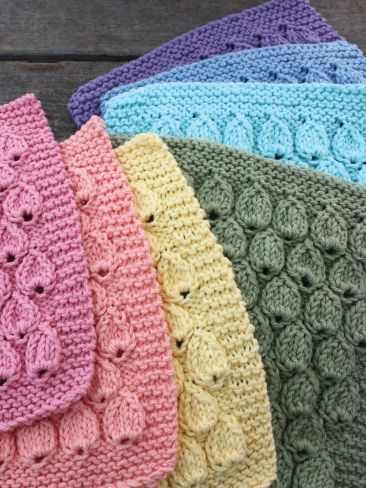 Raindrop Dishcloth | Yarn | Free Knitting Patterns | Crochet Patterns | Yarnspirations