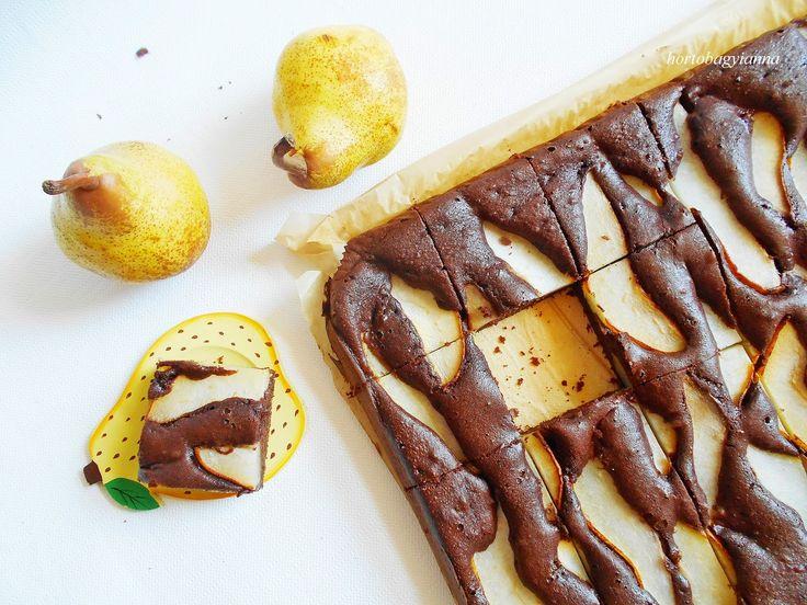 Kakukkfű: Amarettos körtés süti nyírfacukorral (diabetikus)