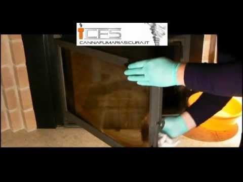 Come pulire il vetro del caminetto usando solo...