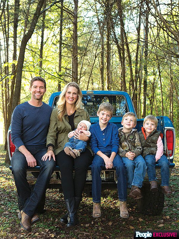 Josh Turner Introduces Son Samuel Hawke http://celebritybabies.people.com/2014/12/05/josh-turner-son-samuel-hawke-first-photo/